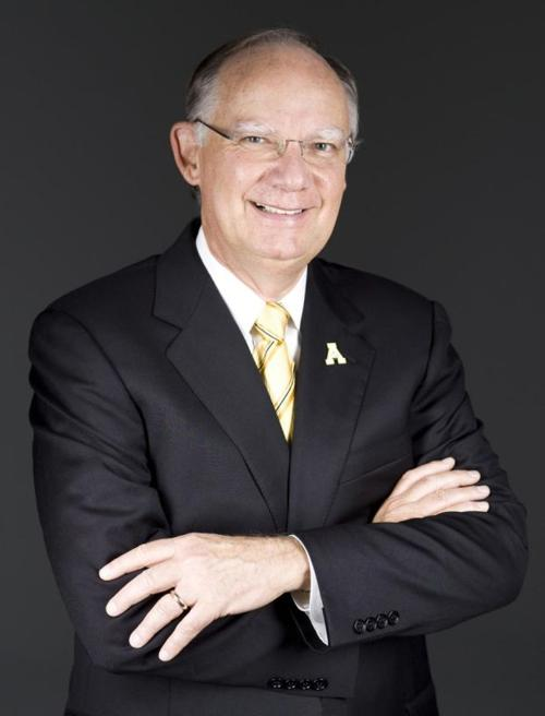 Dr. Ken Peacock